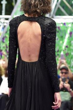 dior-close-ups-fall-2015-couture-the-impression-030