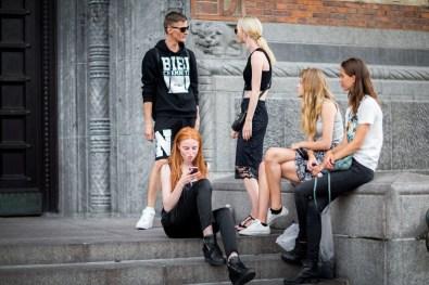 street-style-copenhagen-day-1-the-impression-074