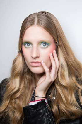 Alexis-Mabille-spring-2016-beauty-fashion-show-the-impression-44