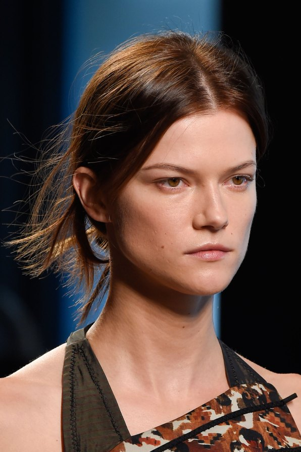 Bottega-Veneta-runway-beauty-spring-2016-close-up-fashion-show-the-impression-006