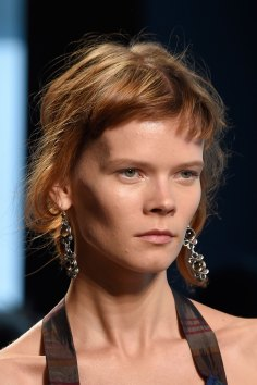 Bottega-Veneta-runway-beauty-spring-2016-close-up-fashion-show-the-impression-009