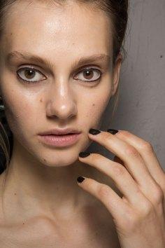 Christopher-Raeburn-spring-2016-beauty-fashion-show-the-impression-11