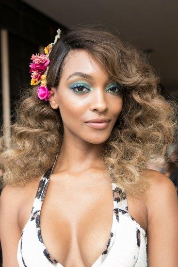 DIANE-VON-FURSTENBERG-beauty-spring-2016-fashion-show-the-impression-65