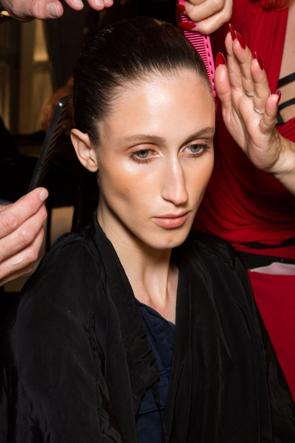 DSquared2-backstage-beauty-spring-2016-fashion-show-the-impression-005