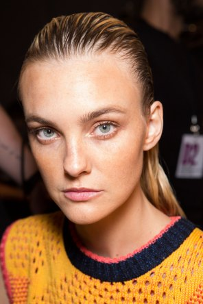DSquared2-backstage-beauty-spring-2016-fashion-show-the-impression-024