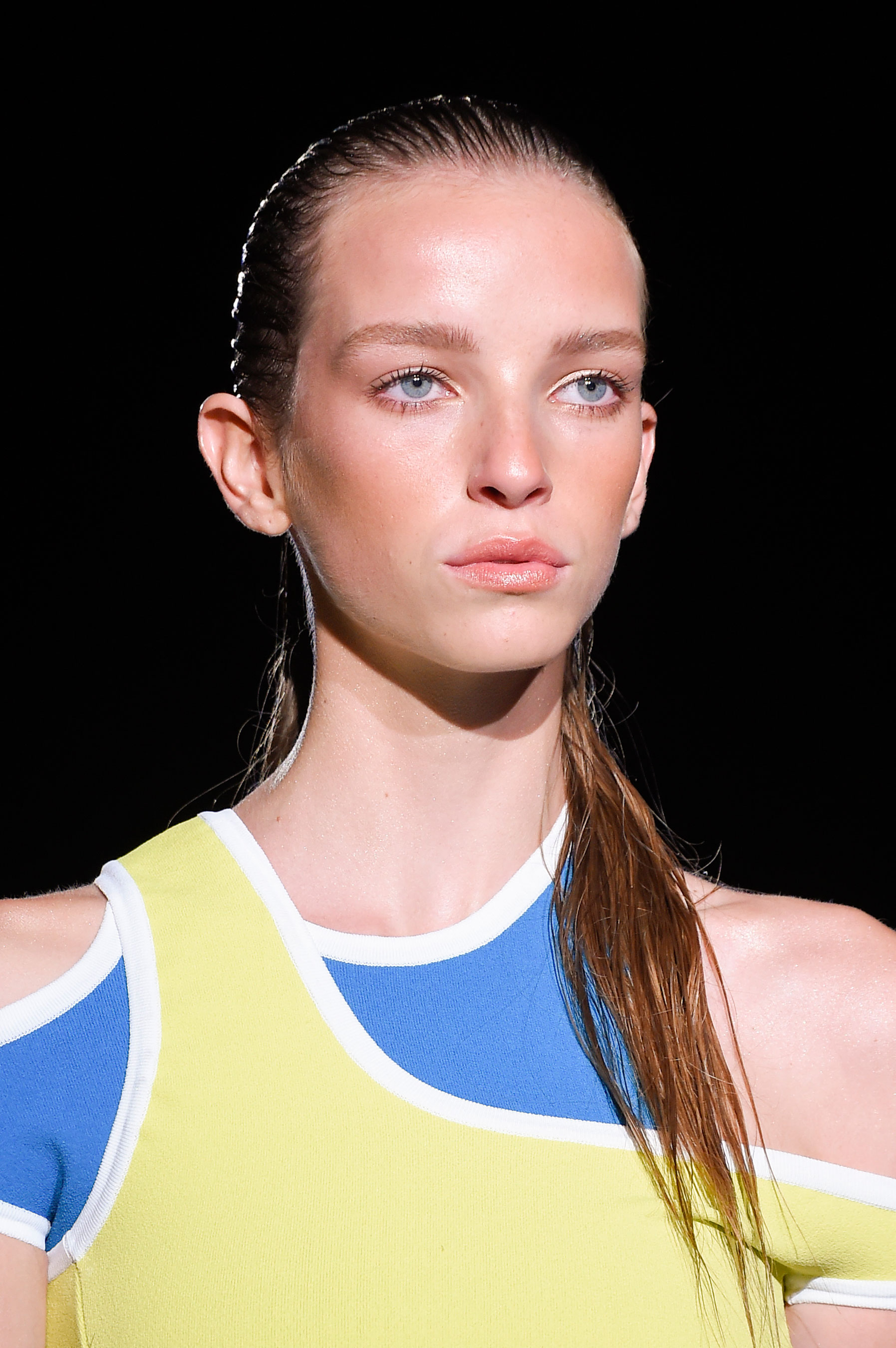 DSquared2-runway-beauty-spring-2016-fashion-show-the-impression-019