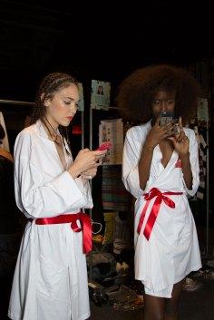 Desigual-beauty-backstage-spring-2016-fashion-show-the-impression-35