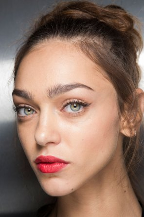 Dolce-and-Gabanna-backstage-beauty-spring-2016-fashion-show-the-impression-077