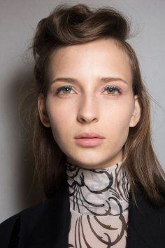 Dries-van-Noten-spring-2016-beauty-fashion-show-the-impression-16