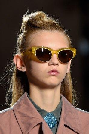 Dries-van-Noten-spring-2016-runway-beauty-fashion-show-the-impression-15