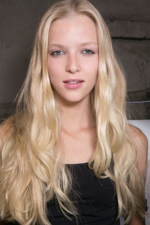 Emilio-Pucci-spring-2016-beauty-fashion-show-the-impression-055