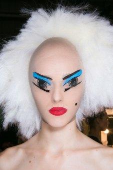 Gareth-Pugh-beauty-spring-2016-fashion-show-the-impression-092