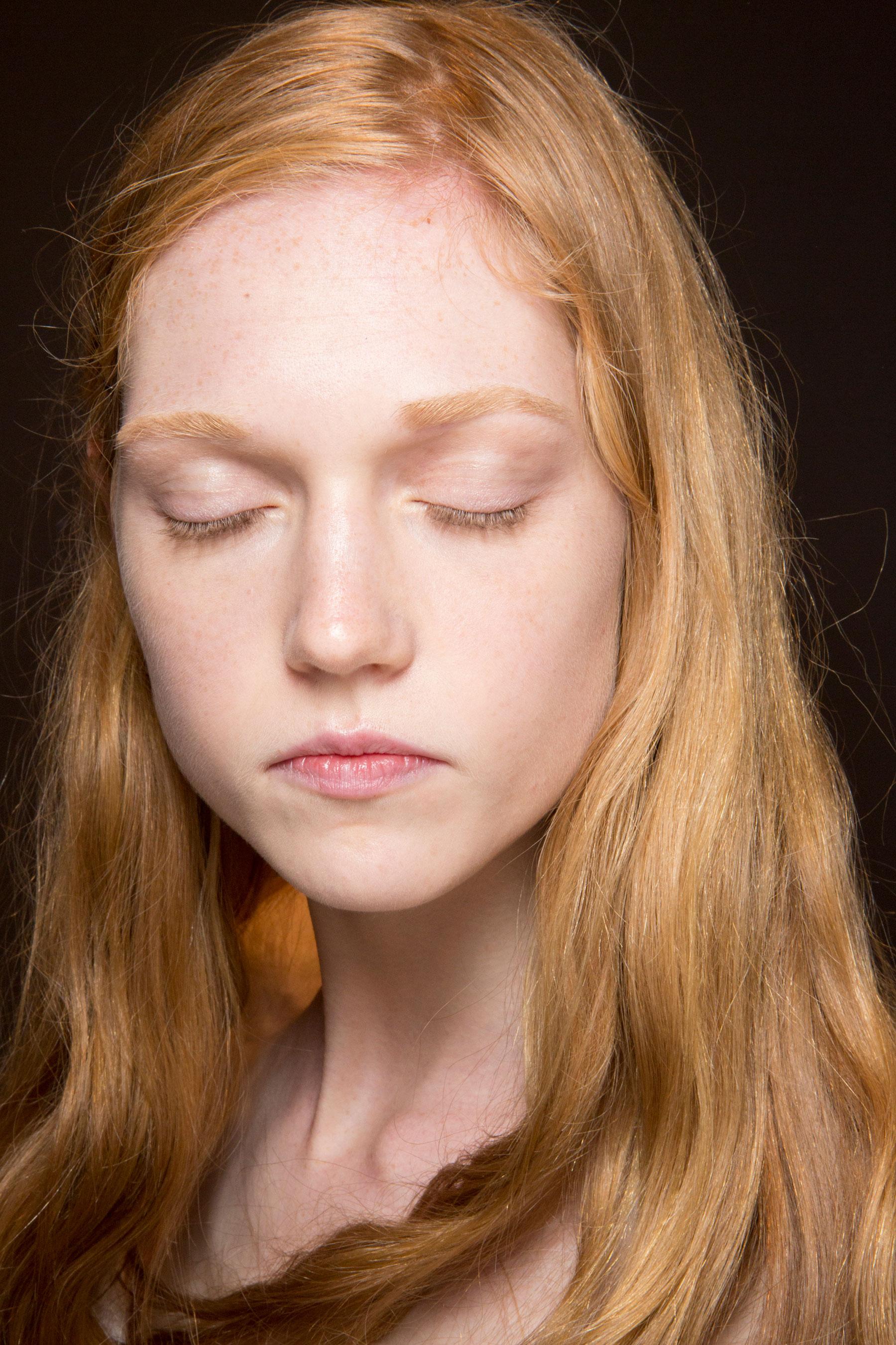 Gucci0-backsatge-beauty-spring-2016-fashion-show-the-impression-069