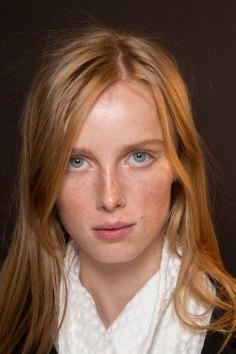 Gucci0-backsatge-beauty-spring-2016-fashion-show-the-impression-077