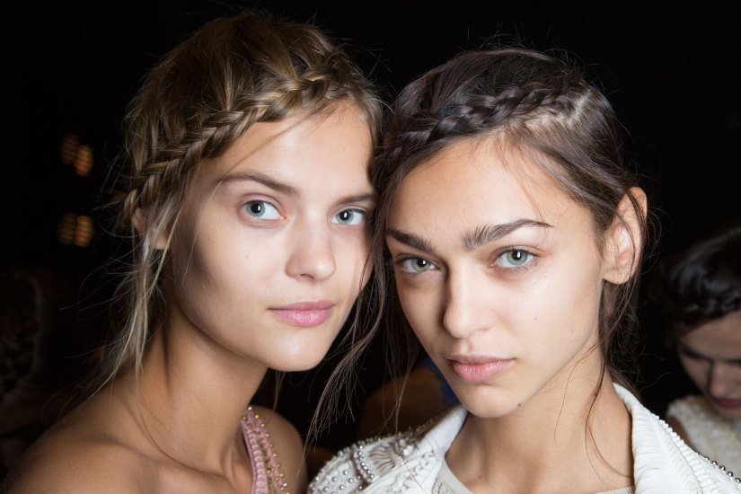 Herve-Leger-backstage-beauty-spring-2016-fashion-show-the-impression-87