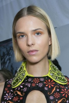 Holly-Fulton-beauty-spring-2016-fashion-show-the-impression-019