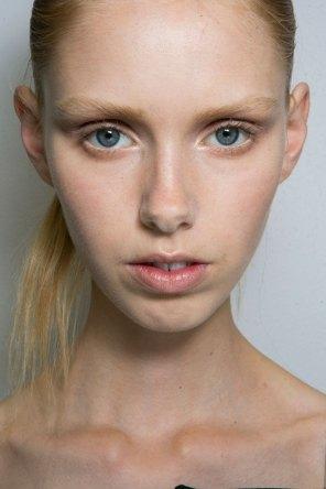 Jil-Sander-backstage-beauty-spring-2016-close-up-fashion-show-the-impression-001