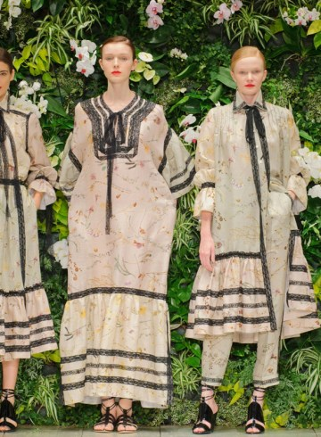 Laura Biagiotti Spring 2016 Fashion Show Photo