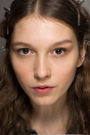 Lemaire-spring-2016-beauty-fashion-show-the-impression-28