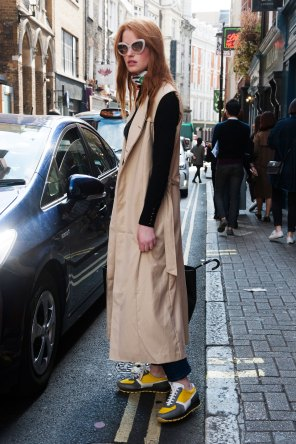 London-Fashion-Week-Street-Style-Day-1-spring-2016-the-impression-006