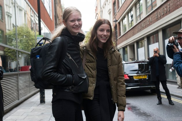London-Fashion-Week-Street-Style-Day-1-spring-2016-the-impression-015