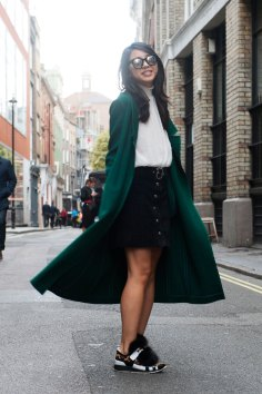 London-Fashion-Week-Street-Style-Day-1-spring-2016-the-impression-022