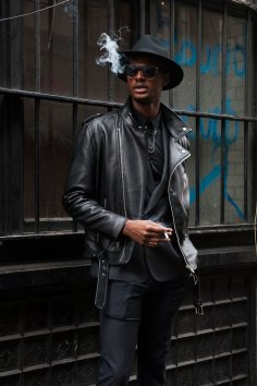 London-Fashion-Week-Street-Style-Day-1-spring-2016-the-impression-042