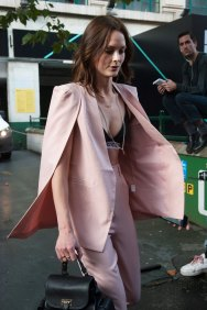 London-Fashion-Week-Street-Style-Day-1-spring-2016-the-impression-056