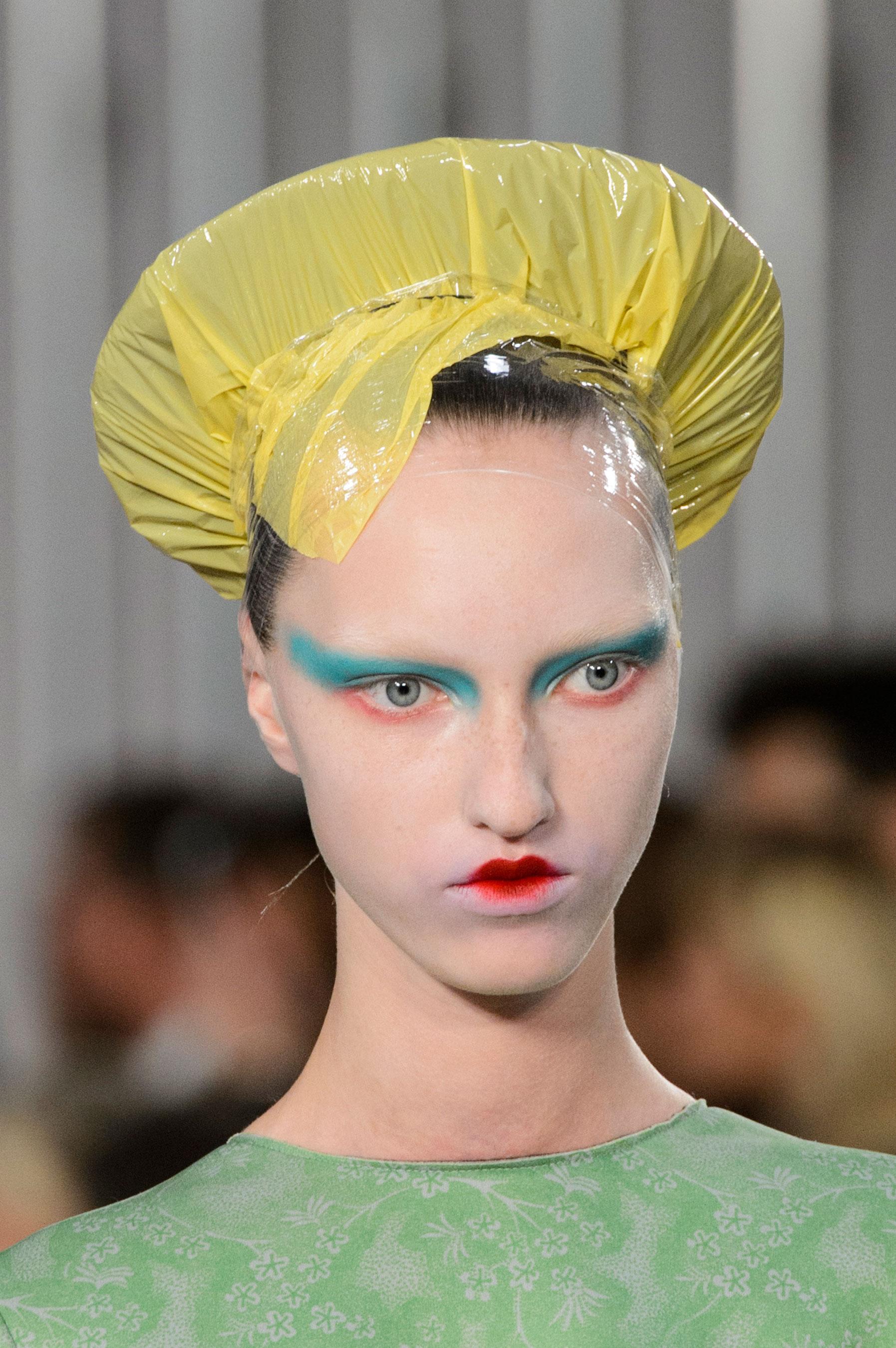 Maison-Margiela-spring-2016-runway-beauty-fashion-show-the-impression-022