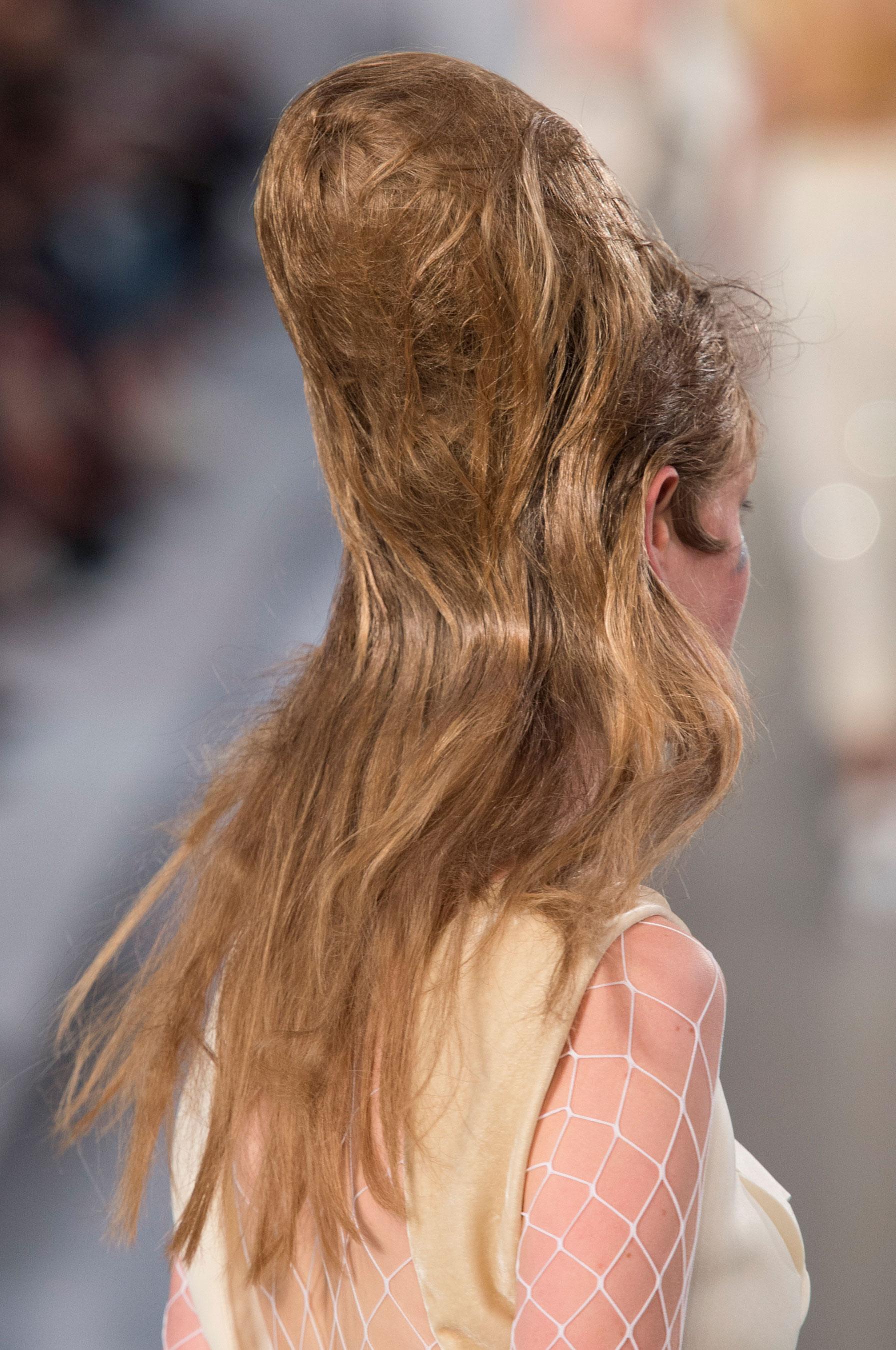 Maison-Margiela-spring-2016-runway-beauty-fashion-show-the-impression-043