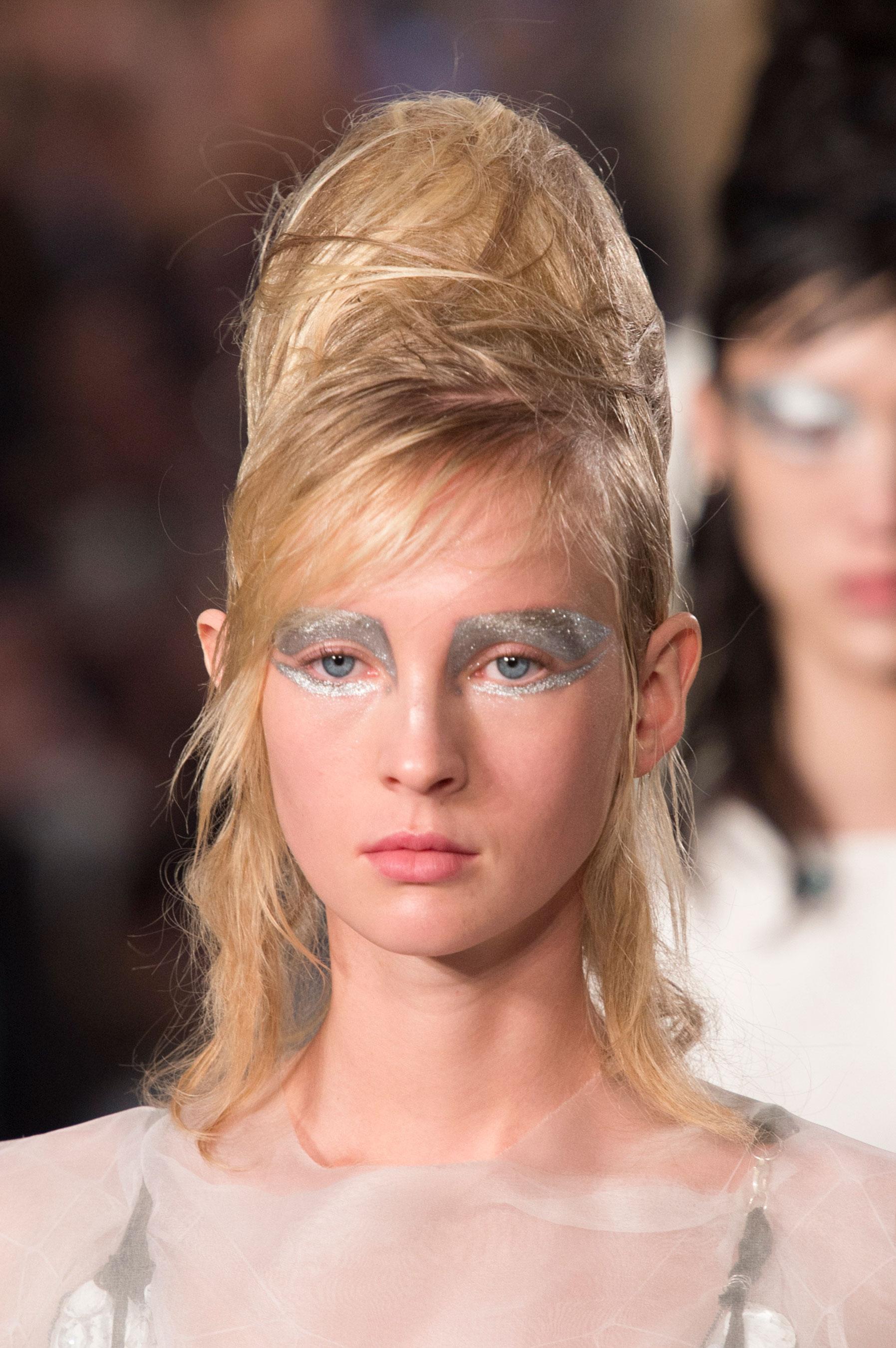 Maison-Margiela-spring-2016-runway-beauty-fashion-show-the-impression-058