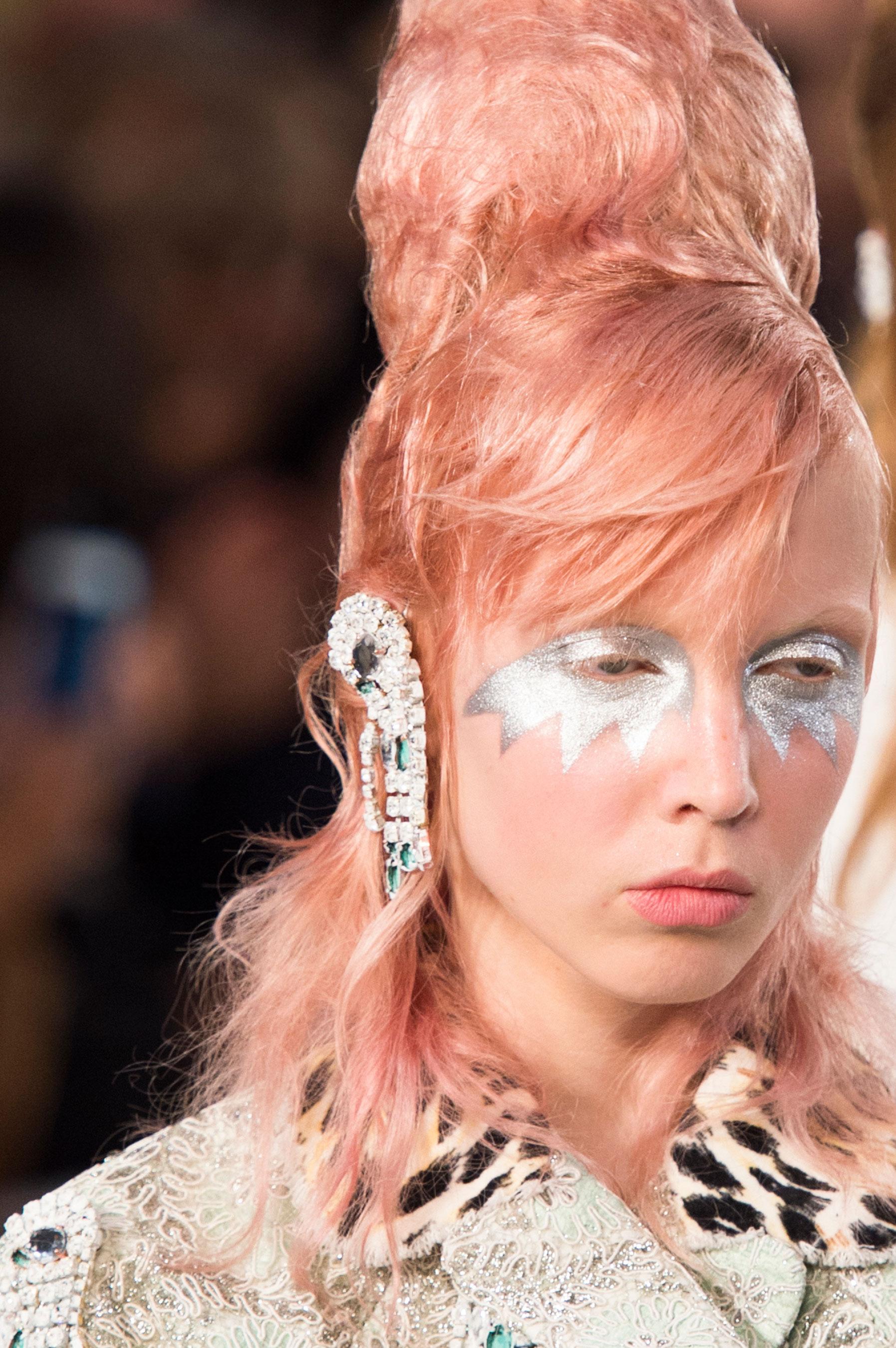 Maison-Margiela-spring-2016-runway-beauty-fashion-show-the-impression-062