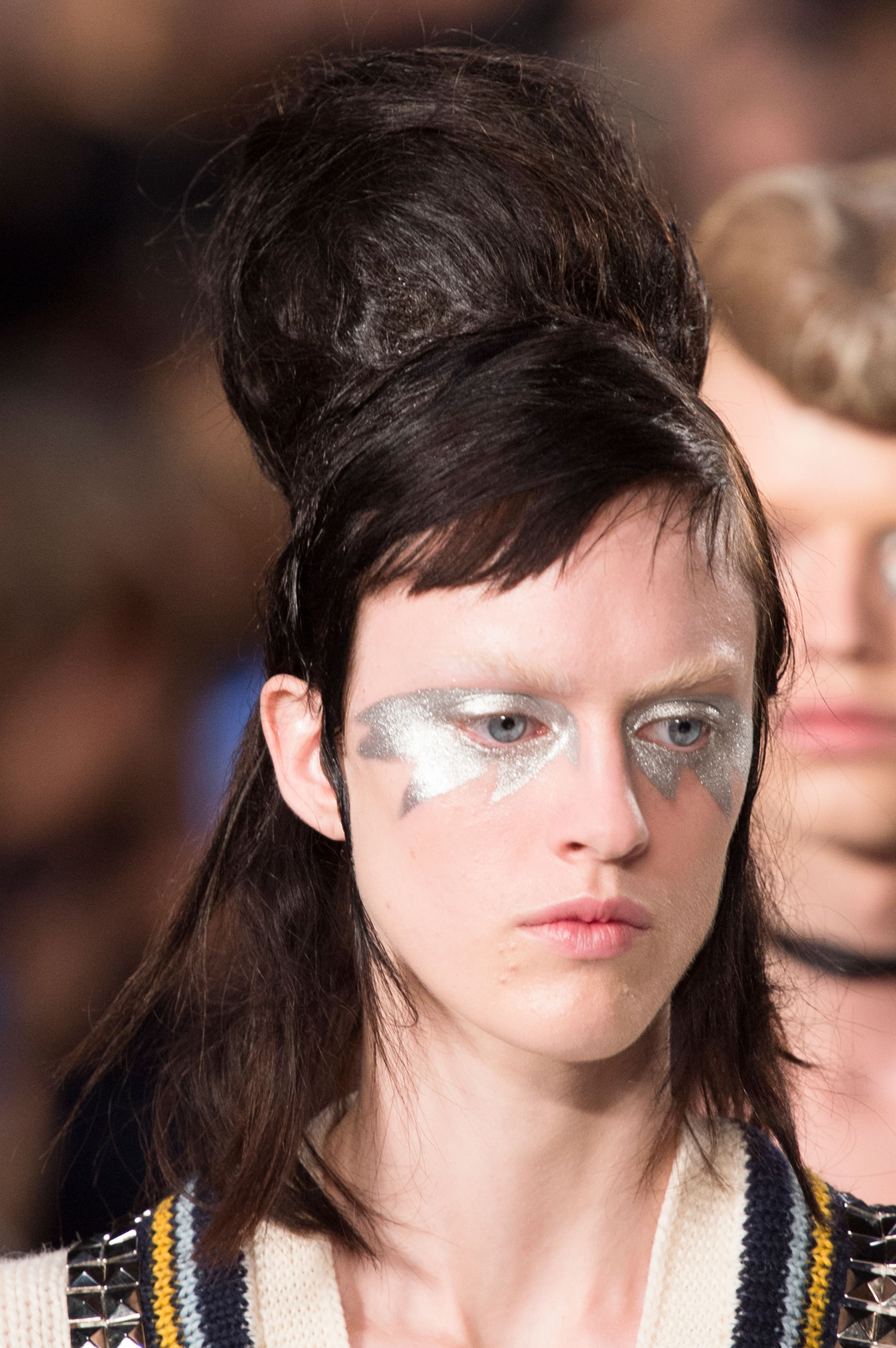 Maison-Margiela-spring-2016-runway-beauty-fashion-show-the-impression-074