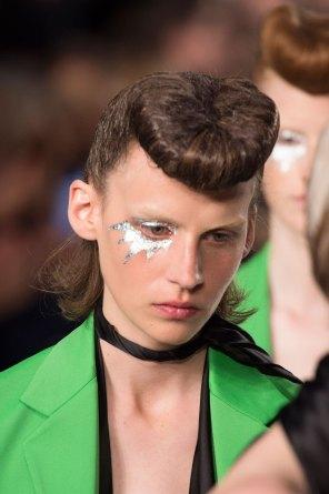 Maison-Margiela-spring-2016-runway-beauty-fashion-show-the-impression-077