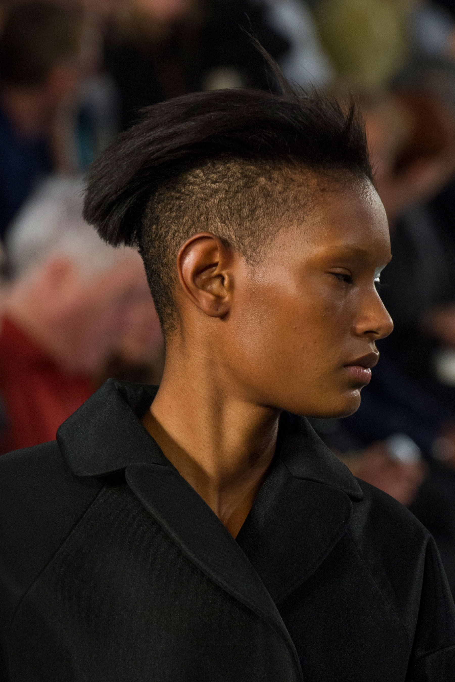 Maison-Margiela-spring-2016-runway-beauty-fashion-show-the-impression-098
