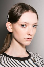 Marni-backstage-beauty-spring-2016-fashion-show-the-impression-028