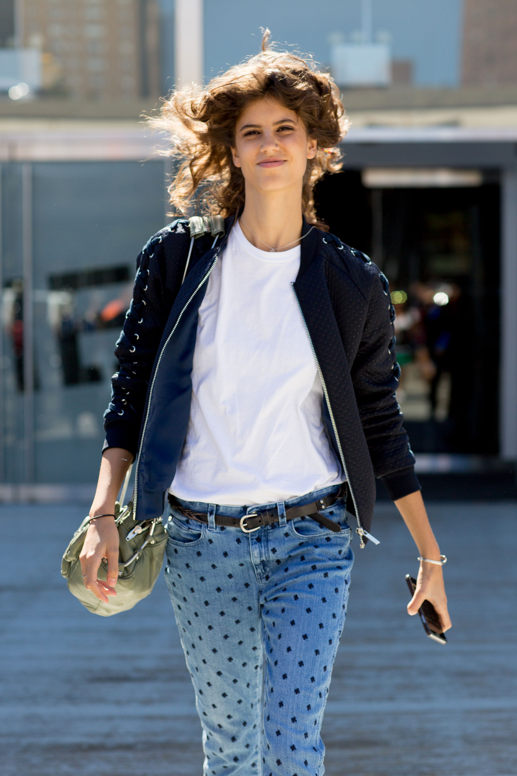 NEW-YORK-FASHION-WEEK-STREETS-STYLE-DAY5-spring-2016-fashion-show-the-impression-04