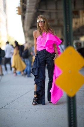 NEW-YORK-FASHION-WEEK-STREETS-STYLE-DAY5-spring-2016-fashion-show-the-impression-76