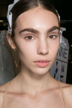 PROENZA-SCHOULER-beauty-spring-2016-fashion-show-the-impression-15