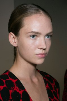 PROENZA-SCHOULER-beauty-spring-2016-fashion-show-the-impression-45
