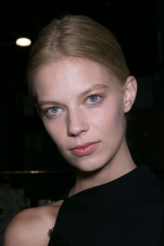 PROENZA-SCHOULER-beauty-spring-2016-fashion-show-the-impression-61