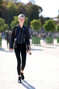 Paris-fashion-week-street-style-day-2-september-2015-the-impression-006