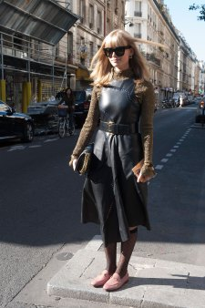 Paris-fashion-week-street-style-day-2-september-2015-the-impression-088