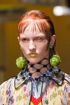 Prada-spring-2016-runway-beauty-fashion-show-the-impression-010