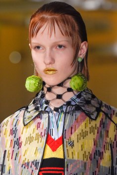 Prada-spring-2016-runway-beauty-fashion-show-the-impression-011
