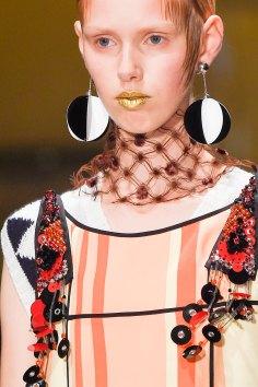 Prada-spring-2016-runway-beauty-fashion-show-the-impression-030