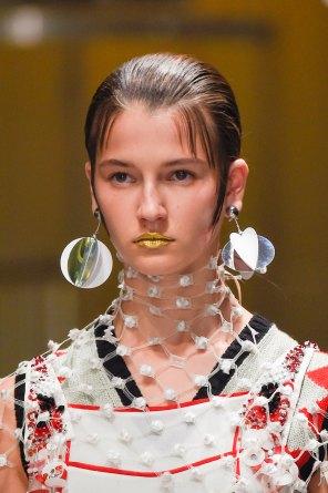 Prada-spring-2016-runway-beauty-fashion-show-the-impression-035