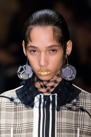 Prada-spring-2016-runway-beauty-fashion-show-the-impression-061