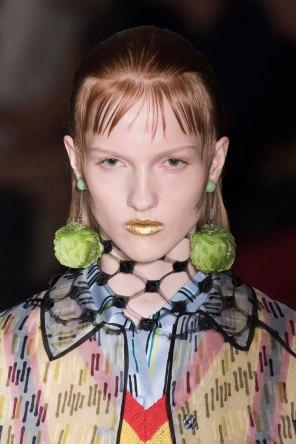 Prada-spring-2016-runway-beauty-fashion-show-the-impression-071
