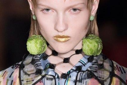 Prada-spring-2016-runway-beauty-fashion-show-the-impression-072
